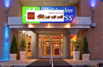holiday inn express sms scam